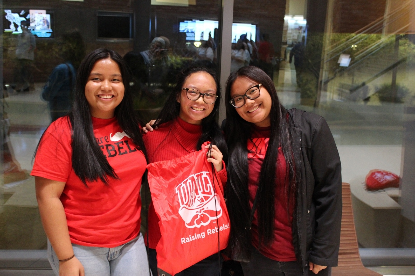 STEM Fall 2017 Series - Participants show off their UNLV spirit gear.