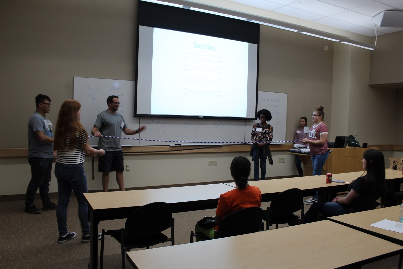 STEM Fall 2017 Series - Students participate in a demonstration during a SISTEM actvity session.